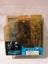 McFarlane Toys AVP Alien vs. Predator - Battle Alien Action Figure
