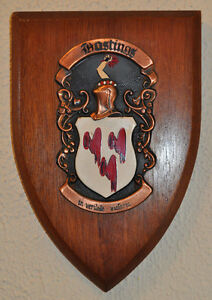 Hastings family plaque shield crest coat of arms