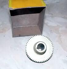 piece engrenage cranté  metal pour projecteur cinéma diametre 6,3 cm