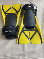 Aqua Lung Fins Flipper Scuba Diving Yellow Black Size S 3-6 Used