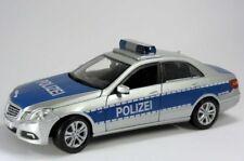 Maisto Mercedes-Benz Polizei W212 2009 Limousine 1:18