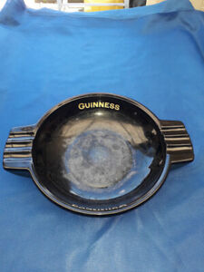 Vintage Original Guinness Pub Black Glass Ash Tray GA/3120 By Nazeing Glass Ltd