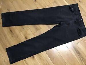 "Hugo Boss Men's Black Stone Wash Jeans W35"", L29"""