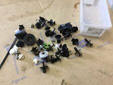GENUINE Peugeot 206 gti Cc XSI front Body Shell Fixing Kit Fixings Clips Rivets