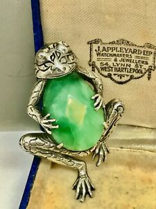 Unusual Large Sterling Silver 925 Green Stone Frog Brooch