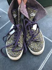 NIKE Girls Pretty Boots- Shoes - Trainers Floral Uk Size 4 Used