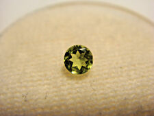 Peridot Round Cut 3mm Gemstone 0.10 Carats Natural Gem