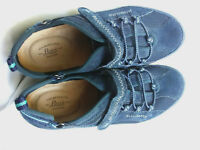 G. H. Bass Women's Blue Leather Comfort Athletic Sneakers Cord Slip On Shoes 7 M