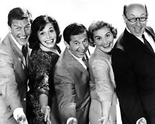 """The Dick Van Dyke Show"" Cast From The Tv Show - 8X10 Publicity Photo (Zy-812)"