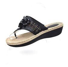 CLARKS Artisan Black Floral Thong Sandal Size 9.5 Flower