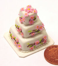 1:12 Scale Square Wedding Cake With Flowers Dolls House Miniature Accessory U