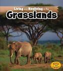 Living and Nonliving in the Grasslands by Rebecca Rissman (2013, Paperback)
