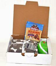 New listing Dog's Gift Set - Pet Blanket, Squeaky Toy Pack of Bakers Treats in a gift Box