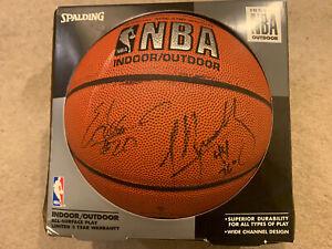Spalding NBA Strickland & Bradley Official Autographed Basketball & Photos Mavs
