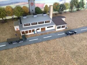 N Gauge~Plastic~Factory Building~ Ready To Go On Layout