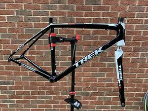 TREK MADONE Team Series - Aluminium 200 Series Med 54cm Frame