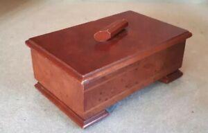 Art Deco Keepsake Jewellery Box 16.5 x 10.5 x 6.5 cms