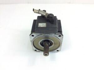 Kuka Servomotor 1FK6100-8AF91-1ZZ9-Z S09, 9,5 A, 3000/4200 r/min, 3,77kW