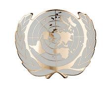 NEW UN UNITED NATIONS METAL BERET CAP METAL PIN BADGE GOLD