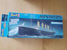 Revell Kreuzfahrtschiff M//S Color Magic Bausatz Model Kit 1:1200 Art 05818