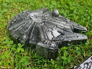 Garden Concrete Ornament Star Wars Millenium Falcon Statue