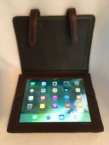 Apple iPad 4th Generation A1459 64GB WiFi AT&T in Saddleback Leather Case