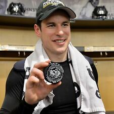 SYDNEY CROSBY PITTSBURGH PENGUINS 1000TH POINT PUCK 2/16/17 COLOR 8X10.......
