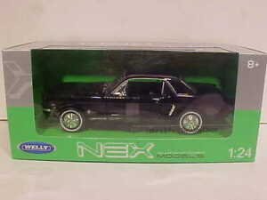 1964 Ford Mustang Hardtop Coupe Die-cast Car 1:24 Welly 8 inches Black