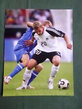 Lucas PODOLSKI-Cologne-Action Shot - 1 page photo-coupure/cutting