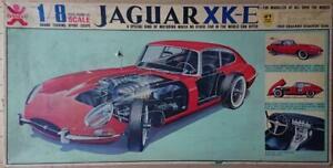 Jaguar XK-E 1:8 Plastic Model Bandai Red Original Box 1970s Vintage Rare