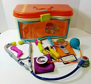 B. Wee MD Toy Doctor Kit 11 tools!-18 months to 5 years