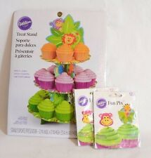 Wilton 24 Cupcake Treat Stand and 24 Toppers Cardboard Green Jungle Pals