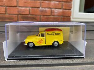Oxford Diecast MM049 Morris The Evening News Van - Mint In Box