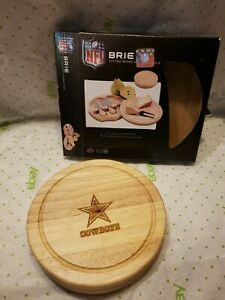 """NFL Dallas Cowboys Football 7.5"""" Wooden Round Brie Cutting Board Cheese Tools"""