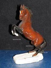 +#A015473_01 Goebel Archivmuster, 32-024, Pferd auf Postament, aufbäumend, TMK6