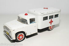 TINPLATE BLECH RED CHINA MF716 FORD DODGE TRUCK AMBULANCE EXCELLENT CONDITION