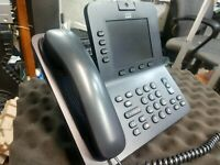 Cisco CP-8945 CP-8945-K9 VoIP Business Phone  base handset Video Cam No Charger