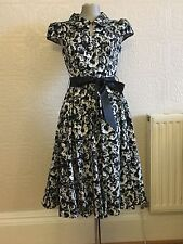 Hearts & Roses Dress Size 10 12 16 Black White Roses Rockabilly Button Collar