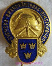 BG6536 - INSIGNE BADGE Svenska Brandkårernas Riksförbund ASSOC. POMPIERS SUEDE