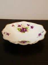 SMALL DUCHESS CHINA PIN TRAY SHOWING CORIANDER LEAVES AND FLOWERS