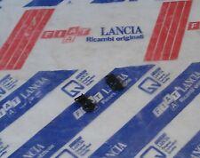 2 Mollette Guarnizione Tenuta Porta Post. Originale Lancia Thema 82407538 2 Clip