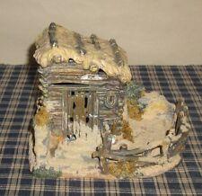 2002 Grandeur Noel Bethlehem Village Porcelain Stable Non Lighted Piece   #4