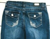 One 5 One Women's Mid Rise Embellished Bling Flap Pockets Capri Jeans Size 12