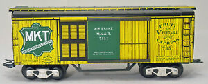 MARX 7347 MKT Fruit Express Reefer, New Production, 8 Wheel, Auto Couplers