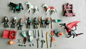 PLAYMOBIL, lot de chevaliers, dragon, armes, boucliers etc