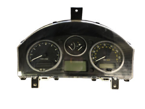 Land Rover LR2 08-12 OEM Instrument Cluster Speedometer Tach Gas Gauge Oil 166K