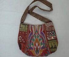 Handmade Handbags made of natural and synthetic fiber
