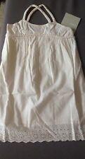 Robe 3 SUISSES couleur écru bas dentelle taille 6 ans