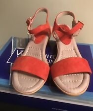 New White Mountain Corky Chili Red Suede Open Ankle Strap Sandals 9M