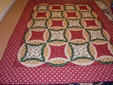 Pretty Printed Christmas Double Wedding Ring Quilt
